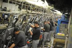 L'usine Nissan à Sunderland. La production de voitures a chuté de 22% en août en Grande-Bretagne en raison à la fois des vacances et de travaux de réparation effectués dans la principale usine du pays, celle de Nissan à Sunderland. /Photo d'archives/REUTERS/Nigel Roddis