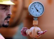 Датчик давления на газовой станции в Венгрии 17 января 2009 года. Венгрия договорилась об увеличении закупок газа в России, сообщил премьер-министр Виктор Орбан после переговоров с главой Газпрома Алексеем Миллером. REUTERS/Karoly Arvai