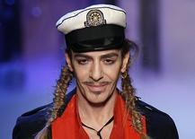 Foto de arquivo do estilista britânico John Galliano, em Paris. 01/10/2010 REUTERS/Benoit Tessier/Arquivo