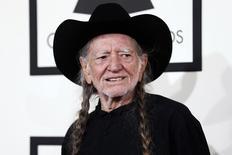 O cantor Willie Nelson chega a um evento em Los Angeles, nos Estados Unidos, em janeiro. 26/01/2014 REUTERS/Danny Moloshok