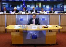 Le futur vice-président de la Commission européenne chargé de l'emploi, de la croissance, l'investissement et la compétitivité, Jyrki Katainen appelle l'Allemagne, la France et l'Italie, qui représentent le coeur de la zone euro, à privilégier l'investissement pour doper la croissance économique. /Photo prise le 7 octobre 2014/REUTERS/Yves Herman