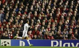 Cristiano Ronaldo comemora gol do Real Madrid contra o Liverpool.    REUTERS/Phil Noble
