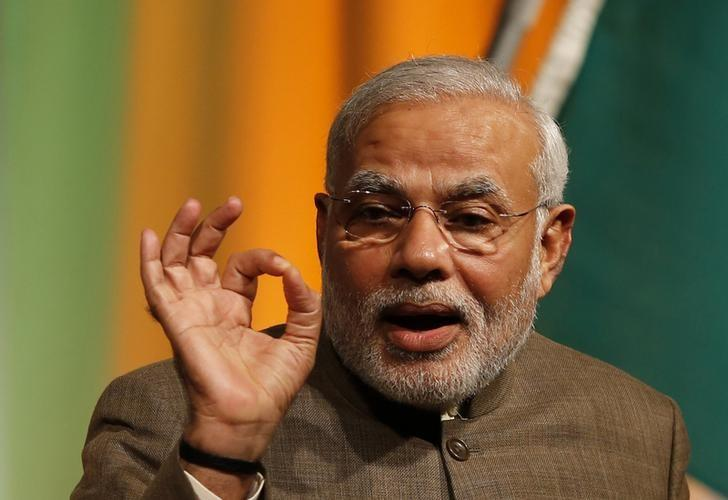 Modi takes tea, but no questions, in first press event as PM