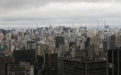 Vista aérea da cidade de São Paulo. 18/06/2014. REUTERS/Maxim Shemetov