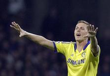 Chelsea's Nemanja Matic celebrates after scoring a goal against Maribor during their Champions League Group G soccer match at stadium Ljudski vrt in Maribor November 5, 2014.               REUTERS/Srdjan Zivulovic (SLOVENIA  - Tags: SPORT SOCCER)
