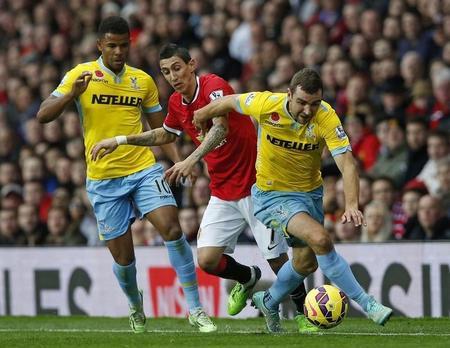 El beneficio del Manchester United cae al no participar en la Champions League