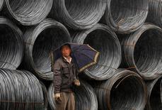 Selon l'agence Chine nouvelle, le sidérurgiste public chinois Hebei Iron and Steel Group va prendre 51% du capital du négociant Duferco International Trading Holding, basé en Suisse, afin d'accroître ses capacités de vente à l'étranger. /Photo d'archives/REUTERS