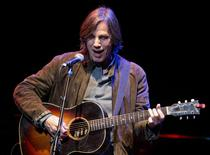 Singer Jackson Browne performs during the Woody Guthrie Centennial Celebration Concert in Los Angeles, California in this April 14, 2012 file photo.  REUTERS/Bret Hartman/Files