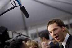 """Ator Benedict Cumberbatch chega para a estreia do filme """"O Jogo da Imitação"""" em Nova York. 18/11/2014 REUTERS/Carlo Allegri"""