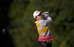 Park In-bee of South Korea plays her tee shot at the 18th hole during third round play at the LPGA Safeway Classic in North Plains, Oregon August 19, 2012.  REUTERS/Steve Dipaola