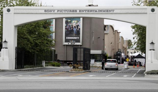 An entrance gate to Sony Pictures Entertainment at the Sony Pictures lot is pictured in Culver City, California in this April 14, 2013 file photo. REUTERS/Fred Prouser/Files