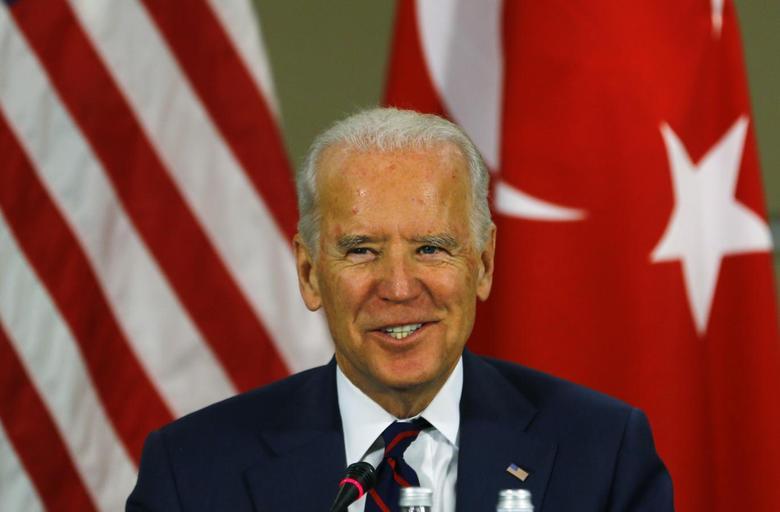 U.S. Vice President Joe Biden speaks during a meeting at an Atlantic Council summit in Istanbul November 22, 2014.  REUTERS/Murad Sezer
