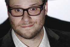 Ator Seth Rogen ao chegar para festival de cinema em Londres.  13/10/2011.  REUTERS/Luke MacGregor