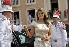 Imagen de archivo de la princesa Magdalena al llegar a una ceremonia de matrimonio en Monaco. 2 julio, 2011. La princesa Magdalena de Suecia, cuarta en la línea de sucesión al trono, espera su segundo hijo, informó el viernes la casa real. REUTERS/Emma Foster/Pool