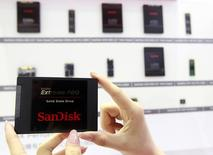 Sandisk's new solid state drive is displayed at the Sandisk booth during the 2014 REUTERS/Pichi Chuang