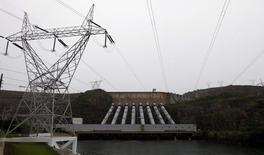 Imagem de hidrelétrica em Minas Gerais. REUTERS/Paulo Whitaker (BRAZIL - Tags: ENERGY ENVIRONMENT) - RTR3CGDC