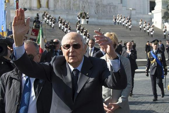 Italian president napolitano departs setting challenge for Day office roma