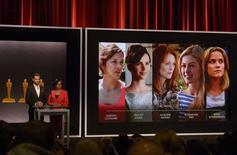 Chris Pine e Cheryl Boone Isaacs apresentam indicadas ao Oscar de melhor atriz, em Beverly Hills. 15/01/2015  REUTERS/Phil McCarten