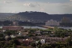 Vista general de la capital de Malí, Bamako. Imagen de archivo, 20 septiembre, 2012. Myanmar, Haití y Mali fueron catalogados entre los países menos transparentes en un índice global de datos gubernamentales publicado el martes, que arrojó que la mayoría de los gobiernos no ponen datos oficiales a disposición abierta del público. REUTERS/Joe Penney