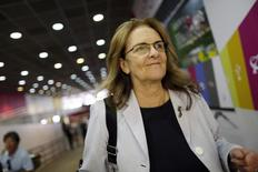 Petrobras Chief Executive Maria das Gracas Silva Foster is seen arriving at the Brasilia international airport after meeting with President Dilma Rousseff February 3, 2015. REUTERS/Ueslei Marcelino