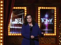 Rosie O'Donnell presents an award during the American Theatre Wing's 68th annual Tony Awards at Radio City Music Hall in New York, June 8, 2014.  REUTERS/Carlo Allegri