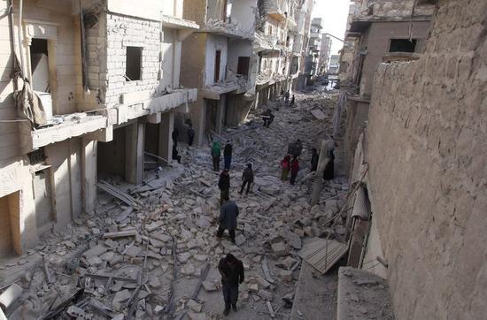 イスラム国がシリア北部拠点から一部引き揚げ、完全撤退も準備か