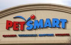 The Petsmart store in Westminster, Colorado is seen November 18, 2014. Petsmart Inc is to release its Q3 2014 earnings November 18, 2014. REUTERS/Rick Wilking