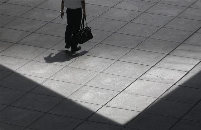 2月16日、2014年10─12月期のGDP統計が示すのは、金融政策という薬が効かなくなりつつある日本の姿だ。都内で2011年8月撮影(2015年 ロイター/Issei Kato)