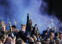 Torcedores do Chelsea durante partida contra o Manchester City no Estádio Etihad, em Manchester. 21/09/2014  REUTERS/Suzanne Plunkett