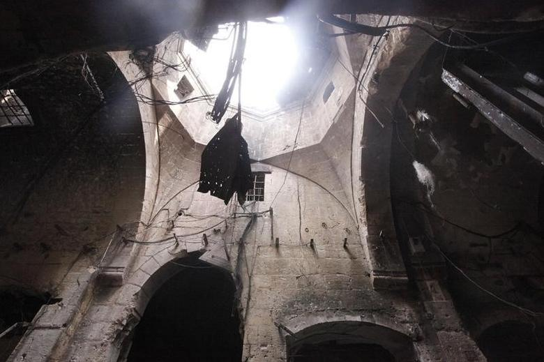 A damaged ceiling is pictured in Bab Antakya district in Old Aleppo October 2, 2012. REUTERS/Zain Karam