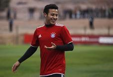 Meia do Bayern de Munique Thiago Alcántara, em foto de arquivo durante treino. 17/12/2013 REUTERS/Amr Abdallah Dalsh