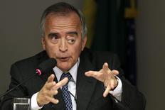 Ex-diretor da Petrobras Nestor Cerveró participa de audiência em comissão do Congresso, em Brasília. 16/04/2014 REUTERS/Ueslei Marcelino