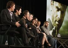 "Elenco e produtores de ""The Walking Dead"" em evento da emissora AMC na Califórnia. 14/02/2012 REUTERS/Jonathan Alcorn"