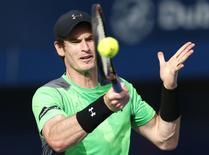 Andy Murray em partida contra Borna Coric, da Croácia, no Torneio de Dubai. 26/02/2015 REUTERS/Ahmed Jadallah