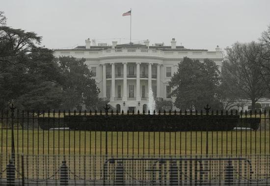 アングル:米共和党、次期大統領選では安全保障に争点移行か