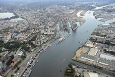 General view of the harbour of Hamburg with construction site of the Philharmonic Hall and Harbour City, September 23, 2012.REUTERS/Fabian Bimmer