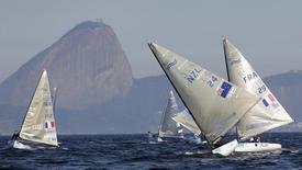 Evento-teste de vela para os Jogos Olímpicos do Rio de Janeiro 2016 é realizado na Baía de Guanabara no ano passado. 03/08/2014 REUTERS/Sergio Moraes