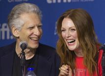 """O diretor David Cronenberg e a atriz Julianne Moore concedem entrevista coletiva para promover o filme """"Mapas Para as Estrelas"""", no Festival Internacional de Toronto, no Canadá, em setembro do ano passado. 09/09/2014 REUTERS/Fred Thornhill"""