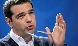 La Grèce présentera une liste de réformes à l'Eurogroupe d'ici lundi, a déclaré mardi le porte-parole du gouvernement d'Alexis Tsipras (photo). /Photo prise le 23 mars 2015/REUTERS/Hannibal Hanschke