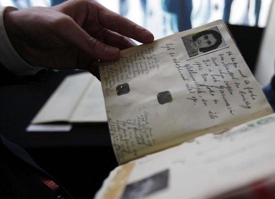 アンネ・フランク死去70年、追悼はハッシュタグ付き投稿で