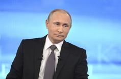Presidente da Rússia, Vladimir Putin, durante evento televisionado. 16/04/2015  REUTERS/Alexei Druzhinin/RIA Novosti/Kremlin