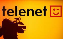 Логотип Telenet на пресс-конференции в Брюсселе. 22 сентября 2005 года. Европейские фондовые рынки растут благодаря сделке в телекоммуникационной отрасли. REUTERS/Thierry Roge