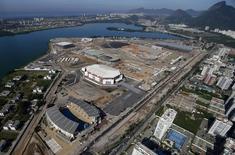 Vista aérea das obras do Parque Olímpico Rio 2016 na Barra da Tijuca. 26/02/2015  REUTERS/Ricardo Moraes