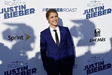 El cantante Justin Bieber posa durante el programa de Comedy Central Roast of Justin Bieber en los Sony Studios en Culver City, California marzo 14, 2015.  REUTERS/Kevork Djansezian