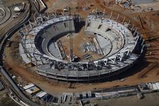Vista da construção de arena do tênis para Jogos do Rio em 2016. 26/02/2015.  REUTERS/Ricardo Moraes