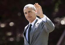 Presidente dos EUA Barack Obama acena na Casa Branca. 29/04/2015.  REUTERS/Yuri Gripas