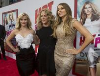 "Director of the movie Anne Fletcher (C) poses with cast members Reese Witherspoon (L) and Sofia Vergara at the premiere of ""Hot Pursuit"" in Hollywood, California April 30, 2015.   REUTERS/Mario Anzuoni"
