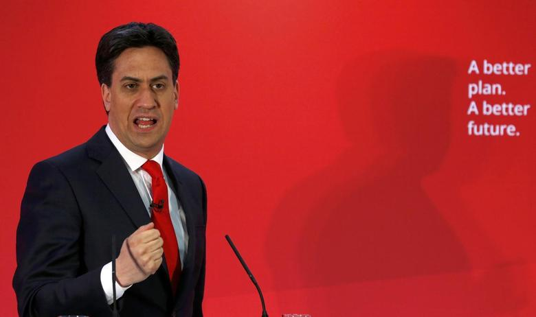 Britain's opposition Labour Party leader Ed Miliband (L) attends a campaign event in Bristol, south west England, Britain, May 1, 2015. REUTERS/Cathal McNaughton
