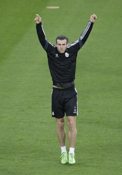 وكيل أعمال بيل يتهم لاعبي ريال بعدم تمرير الكرة له