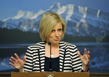 Alberta NDP leader Rachel Notley speaks at her first news conference as Premier elect in Edmonton May 6, 2015.   REUTERS/Dan Riedlhuber